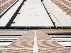 千葉東霊園の千葉県随一のバリアフリー設計、デザインの高い霊園参道