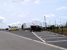 複数箇所に大型駐車場完備